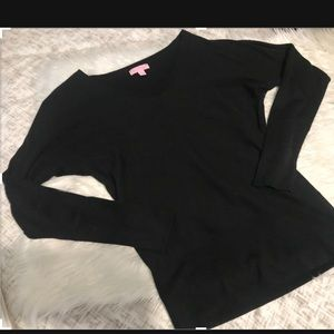 Lilly Pulitzer black long sleeve sweater